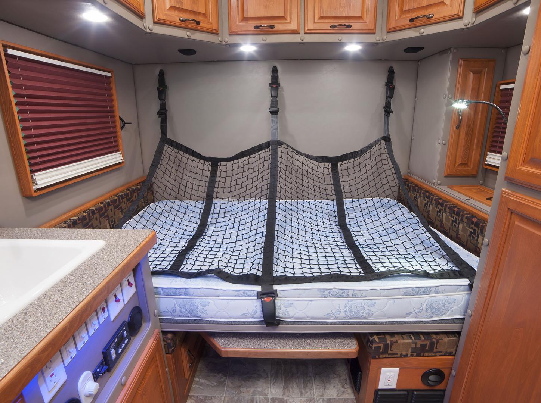 Ari Legacy Ii Rear Bed With Side Door Option Ari
